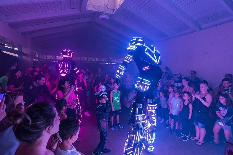 Light up robots