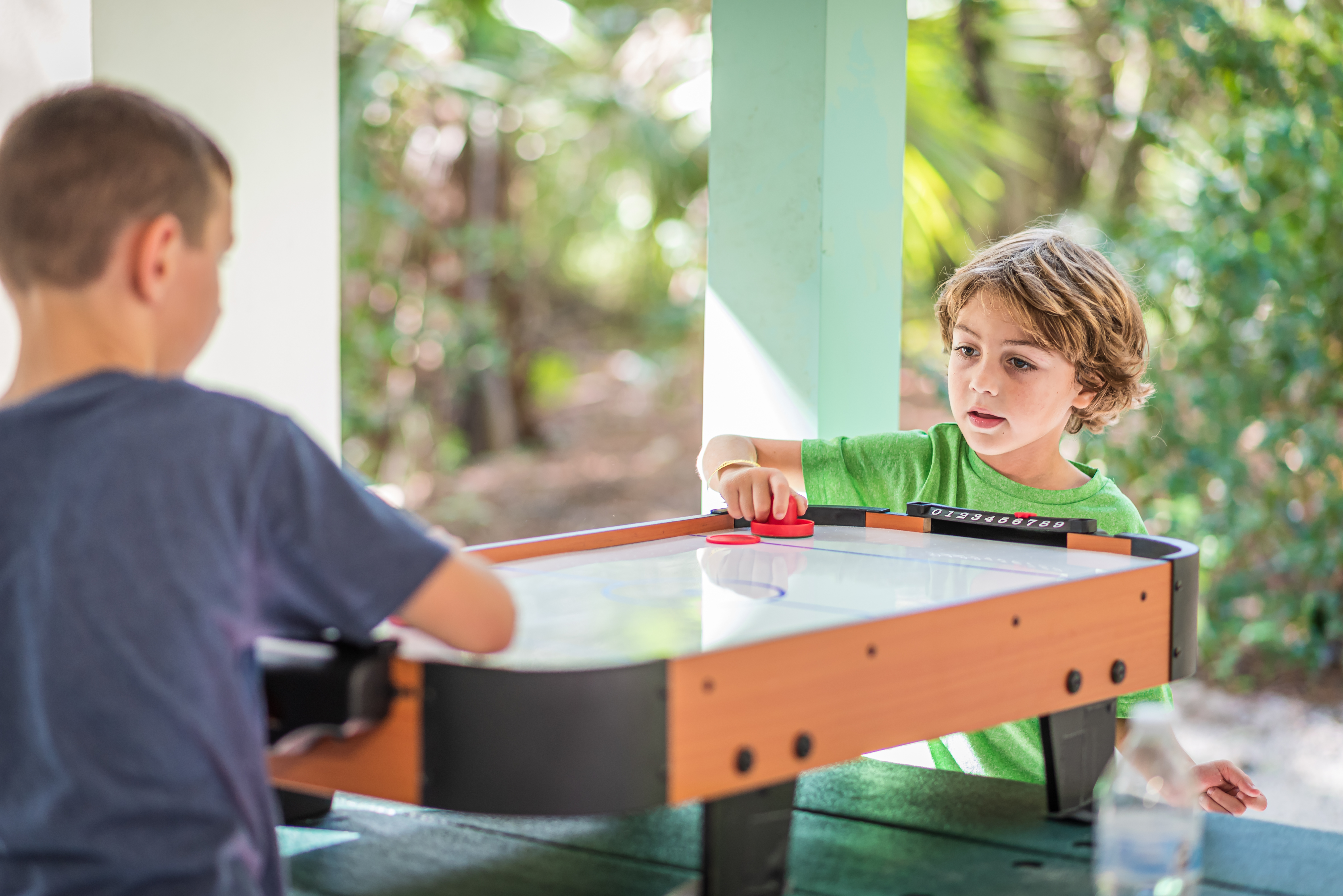 air hockey kid