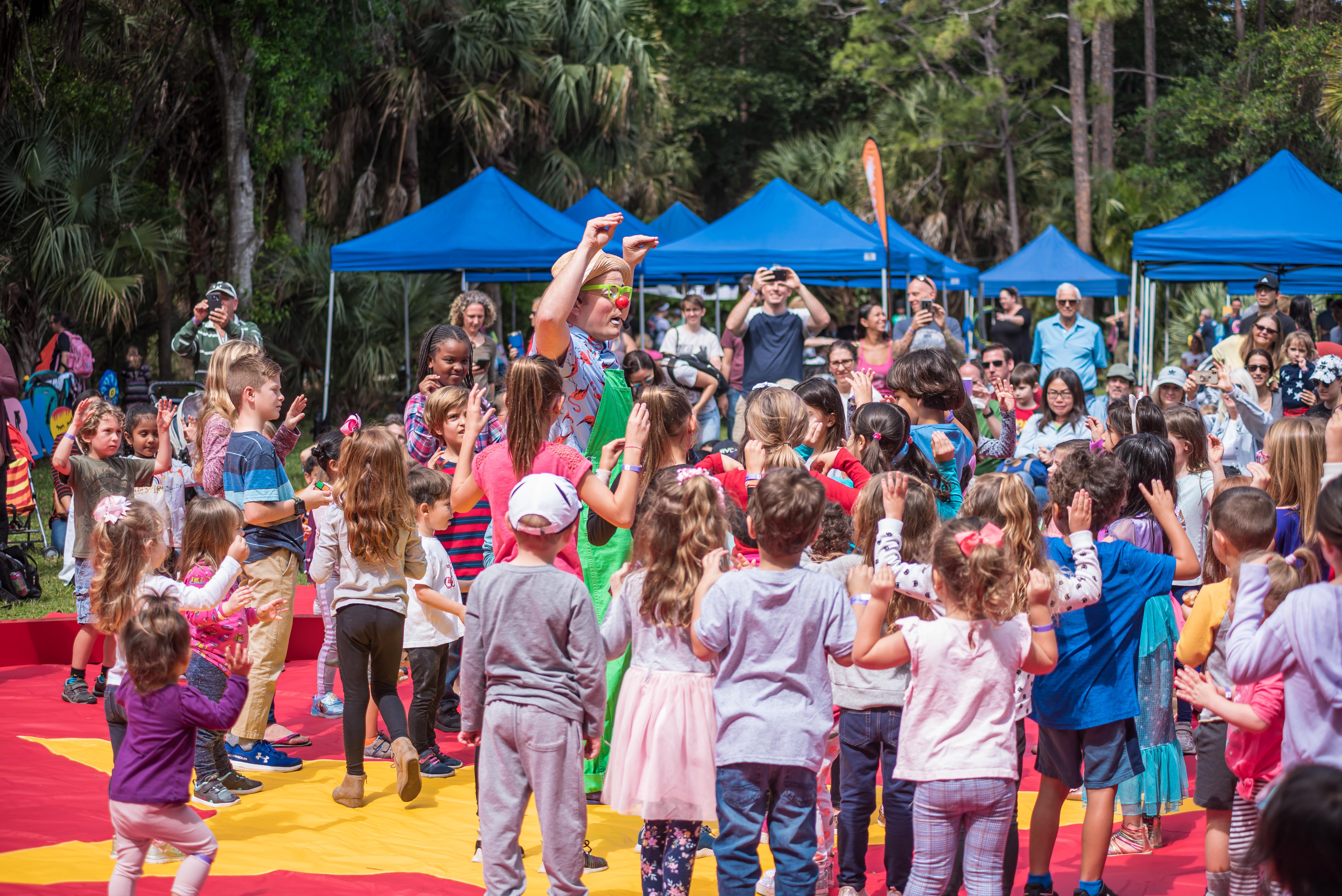 circus crowd